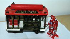Wind ups Robot prend le Cable Car à San Francisco - ©bernieshootWind Ups Robot prend le Cable Car à San Francisco Toy Day Nous sommes samedi et pour suivre mon hygiène de publication et être en accord avec ma ligne éditoriale voici ma participation au...