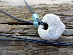 Powerful Holey Stone Necklace Rock Pendant Hag Fairy Magic Odin Protect Natural Stone Necklace, Washer Necklace, Hag Stones, Rock Crafts, Diy Crafts, Corn Hole Game, Pebble Art, Jewelry Crafts, Jewelry Making
