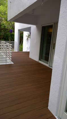 azek deck s vintage collection features a rustics texture found in