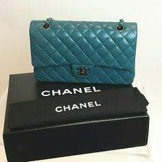 CHANEL Handbags - SALE! Authentic Chanel Classic Double Flap Bag