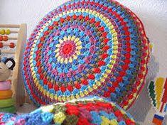 Resultado de imagem para mantas de lã em crochet