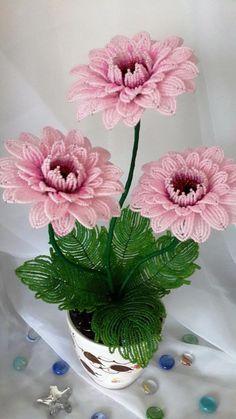 Diy Crafts - Home Made-Craft Beaded Flowers Patterns, Crochet Flower Patterns, Crochet Flowers, Beading Patterns, Seed Bead Flowers, Wire Flowers, Beaded Crafts, Beaded Ornaments, French Beaded Flowers
