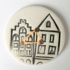 Porseleinen huisjesknoop van Hart & Ziel design op DaWanda.com