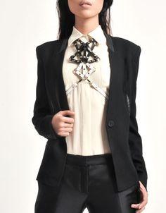 Zana Bayne, Leather Maestro