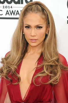 Seen On: Jennifer Lopez How-To: No one quite does gorgeous sun-kissed skin quite like J. Lo. The trick to her lit-from-within glow is a hint of pink on cheeks, so that there's still some warmth to her complexion. For an all-matte finish, use powder formulas for both the bronzer and blush and apply pink on apples of cheeks and along cheekbones. Editor's Picks: L'Oreal Paris True Match Blush in Baby Blossom, $11; L'Oreal Paris True Match Naturale All-Over Mineral Glow in Soft Glow, $15…