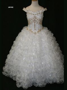 I'm in love with this pageant dress for my daughter