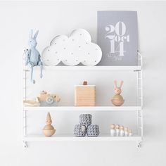 Lunchtime #shelfie goodness! How goods this beautiful new custom print from @almacustomdesigns