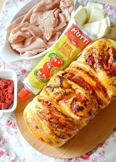 Dolci a go go: Treccia pan brioche al parmigiano e pepe con triplo concentrato di pomodoro