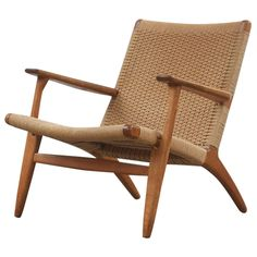 Hans Wegner CH25 Chair | From a unique collection of antique and modern lounge chairs at https://www.1stdibs.com/furniture/seating/lounge-chairs/
