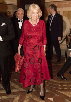 Camilla Parker Bowles Photos Photos - Camilla, Duchess of Cornwall attends a Gala Dinner at Palazzo Vecchio with the Mayor of Florence Dario Nardella and his wife during day 4 of their visit to Italy, on April 3, 2017 in Florence, Italy. The Prince of Wales will be presented with the Renaissance Man of the Year Award. - The Prince of Wales and Duchess of Cornwall Visit Italy - Day 4