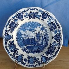 Enoch-Wedgwood-Royal-Homes-of-Britain-Balmoral-Castle-10-Inch-Plate-Blue