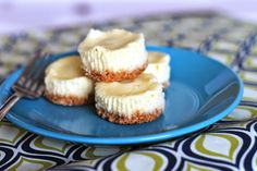 Gluten-Free Mini Cheesecakes with Toasted Coconut Crust 1 cup shredded coconut cup coconut flour stick butter 2 packages cream cheese, softened cup sugar + 1 tbs sugar 2 eggs 1 teaspoon vanilla extract Cheesecake Day, Gluten Free Cheesecake, Cheesecake Recipes, Cake Mix Recipes, Healthy Dessert Recipes, Delicious Desserts, Gluten Free Sweets, Gluten Free Baking, Toasted Coconut