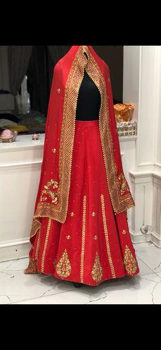 Designer Punjabi Suits, Indian Designer Wear, Bridal Suits Punjabi, Bridal Outfits, Beaded Embroidery, Traditional Outfits, Beautiful Bride, Brides, Sari