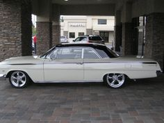 nice 1962 Chevy Impala, Chevy Chevelle Ss, General Motors Cars, Classic Hot Rod, Classy Cars, Old School Cars, Chevrolet Bel Air, Sweet Cars, Vintage Trucks