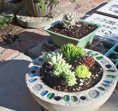** Hypertufa Planter Accented With Glass Marble Mosaic @diyenthusiasts.com