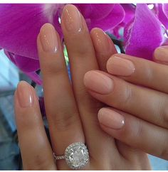 63 best ideas for wedding nails ideas bridal manicure opi Trendy Nails, Cute Nails, Pretty Gel Nails, Casual Nails, Gorgeous Nails, Short Rounded Acrylic Nails, Rounded Nails, Short Round Nails, Natural Looking Acrylic Nails