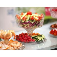 Siena-4 In 1 Cake Dome-10 inches  For more information please visit the link mention below: http://www.ezheights.com/detail/siena-4-in-1-cake-dome-10-inches-72875.html