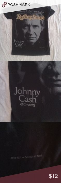 "Rolling Stone Mag Johnny Cash Tshirt Siz Small Unique Rolling Stone magazine cover graphic of Johhny Cash edition, looks to be a size men's small - measures approximately 26"" long from back collar and 17"" underarm to underarm. Roliing Stone Shirts Tees - Short Sleeve"