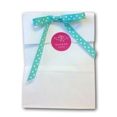 Personalized Wedding Favor Paper Bags with Labels | #exclusivelyweddings    More Wedding Favors at: www.RealWeddingDay.com