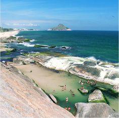 Rio de Janeiro (by @allansik)