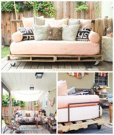 En fed kontastfyldt sofa af paller, vandrør og rå møbelhjul - Tina Dalbøges kreative påfund