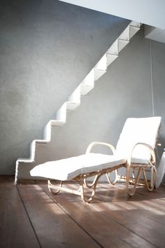 1000 images about escalier on pinterest chaise longue for Chaise escalier