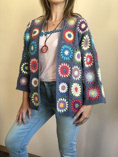 Cardigan Au Crochet, Crochet Coat, Crochet Jacket, Bead Crochet, Crochet Motif, Crochet Clothes, Crochet Flowers, Filet Crochet, Crochet Granny