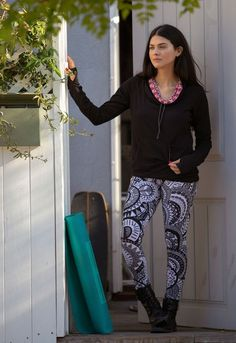 The Kanga Pullover – Sweatshirt Made Clothing, Piece Of Clothing, Eco Clothing, Pajama Bottoms, Comfy Casual, Long Tops, Racerback Tank Top, Ethical Fashion, Printed Leggings