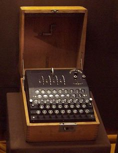 Enigma Ciphers And Codes, Enigma Machine, Big Yachts, Bletchley Park, Code Breaker, Alan Turing, Old Technology, Ham Radio, Tourism