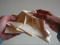 12-Fold Flower Tower from Chris K. Palmer on Vimeo http://vimeo.com/5172038# #origami #flower