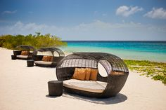 Day 7: Barbara Beach - Feel the sand between your toes at one of Curaçao's 38 beaches. One of the best beaches on the island, the Barbara Beach is part of Santa Barbara Beach & Golf Resort. Enjoy swimming, sunbathing, drinks and food.