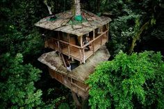 Finca Bellavista in Costa Rica- tree house living off the grid where you zipline from tree house to tree house. Tree house living in the middle of the rainforest yet you still have hot water and electricity, sounds like heaven. Must visit this website.
