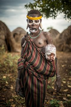Mursi mother and child, Ethiopia
