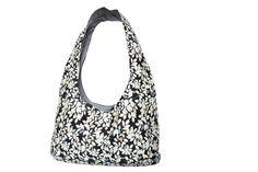 http://de.dawanda.com/product/84501667-xl-hobo-tasche---strandtasche