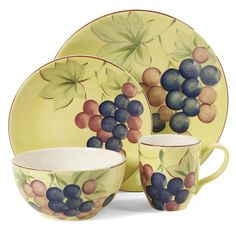 This harvest of grapes will make any meal time pleasurable with it's hand painted grapes, soft colors and elegant design. Fruitful Harvest Grapes is a serving for four and is constructed of durable Du
