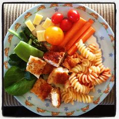 Easy Toddler Food - Easy Toddler Schnitzel, Pasta and Salad