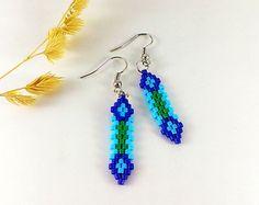 Seed Bead Jewelry, Seed Bead Earrings, Beaded Jewelry, Diy Jewelry, Jewlery, Dangle Earrings, Wing Earrings, Green Earrings, Stud Earrings