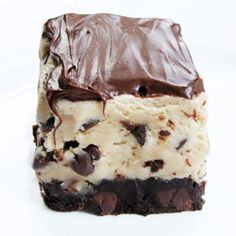 Fudgy chocolate chip cookie dough brownies!! Omg yum