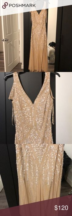 Adrianna papell evening gown Great Gatsby inspired dress roaring 20s wore it once Gatsby themed Party got grate reviews on it back of dress needs a small stitch Adrianna Papell Dresses Wedding