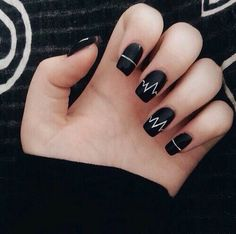 #nails looks like heart beat