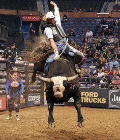 Professional Bull Riding - Photos - SI.com