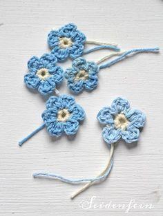 seidenfeins Blog vom schönen Landleben: Vergißmeinicht ! * Häkel Tutorial Crochet * Forget-me-not !