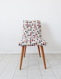 reDesign krzesło z PRL-u (proj. Kolorum), do kupienia w DecoBazaar.com