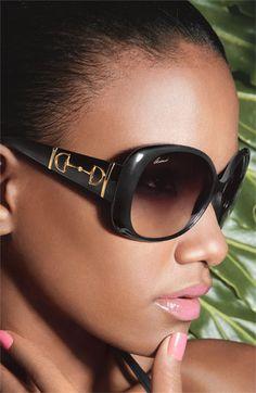 #Gafas de sol para mujer de @gucci #Oversized #eyewear