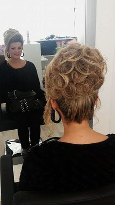 5647654 Evening Hairstyles, Formal Hairstyles, Curled Hairstyles, Wedding Hairstyles, Gorgeous Hairstyles, Updo Styles, Hair Styles, Chignon Updo, Blonde Updo