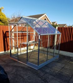 Vitavia Apollo 6x6 with Horti Glass and 1 Tier Staging. Installed in Doncaster on 07.02.2018.