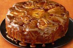 See how to make Food Network Magazine's Caramel Apple Cake recipe as a festive fall centerpiece for your Thanksgiving dessert spread. Apple Cake Recipes, Apple Desserts, Dessert Recipes, Pear Recipes, Dinner Recipes, Food Cakes, Thanksgiving Cakes, Bon Dessert, Dessert Table