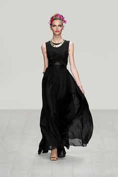 #IssaLondon #Spring #Summer #WomenCollection #Fashion #SS13 #GbModa