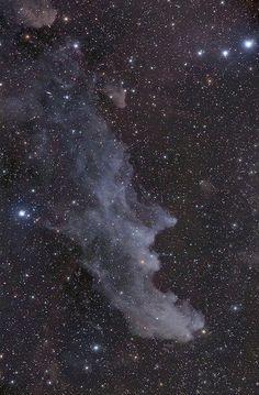 En ese montón de estrellas se puede ver la constelación de Orión y, abajo a la izquierda la de Eridanos. Entre estas dos constelaciones está la estrella HD28185, que tiene un planeta orbitando de características muy similares a la Tierra
