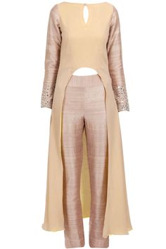 Beige high-low kurta with pants and pink dupatta available only at Pernia's Pop-Up Shop.